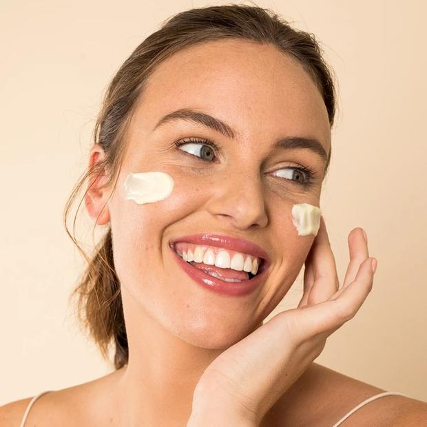 """Da muốn đẹp trước tiên phải khỏe, và 5 sản phẩm này sẽ giúp làn da nhạy cảm của bạn ngày một """"lên hương"""" - Ảnh 7."""