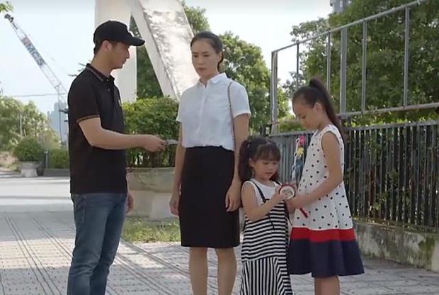 Logic phim Việt: mọi nợ nần sẽ được giải quyết nếu người nhà bạn giàu, nếu không thì hãy giả điên quỵt nợ - Ảnh 7.