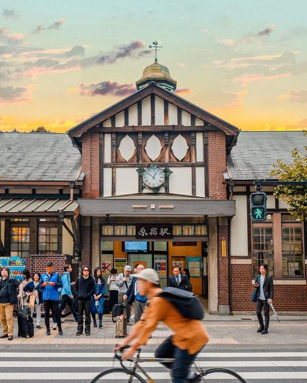 HOT: Nhà ga lâu đời và nổi tiếng bậc nhất ở Nhật Bản sắp bị đóng cửa vĩnh viễn, du khách tiếc nuối đòi giữ lại công trình - Ảnh 1.