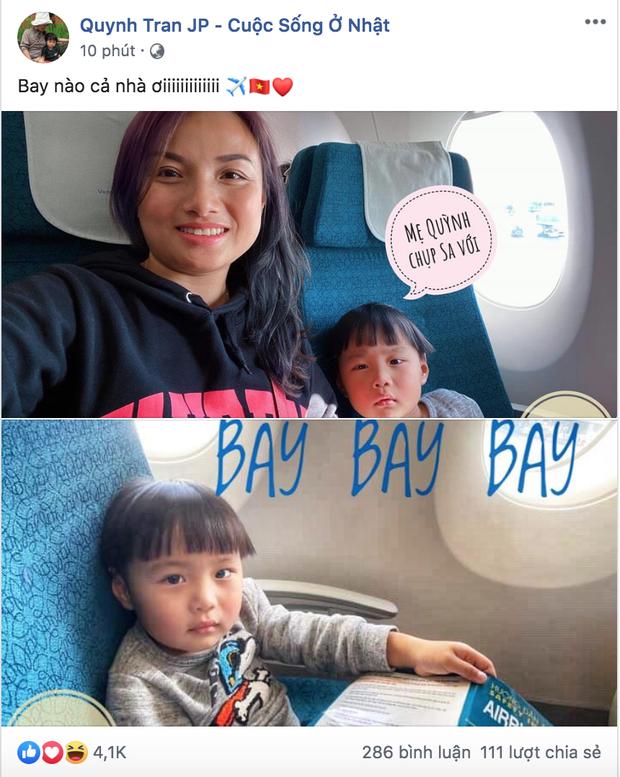 Bé Sa và mẹ Quỳnh Trần chính thức lên máy bay về Việt Nam, fan hào hứng like mỏi tay, hóng ngày được gặp mặt - Ảnh 1.