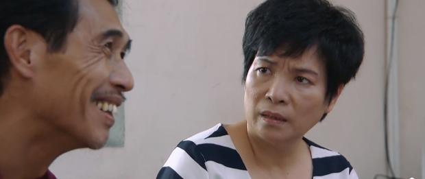 Hoa Hồng Trên Ngực Trái tập 32: Mải buôn chuyện công ty, bà Tám Khang vô tình khiến crush mất việc - Ảnh 9.