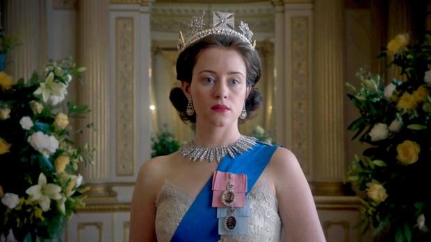 The Crown: Cung đấu chân thật, kịch tính về người phụ nữ quyền lực nhất Hoàng gia Anh - Ảnh 7.