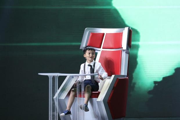 Siêu trí tuệ tập 5: Căng não với thí sinh bé nhất - 7 tuổi, Cựu tuyển thủ Olympia và Giảng viên trí nhớ - Ảnh 3.
