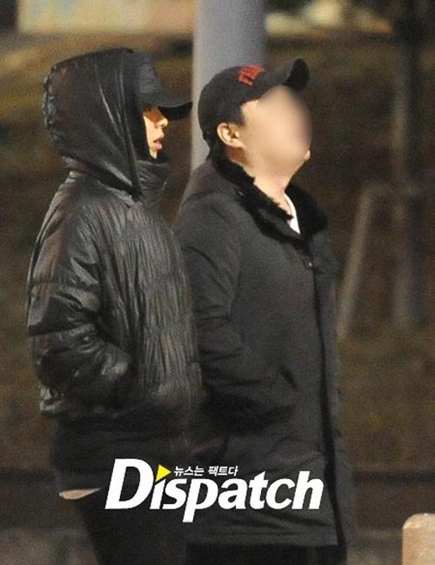 Thâm cung bí sử về dàn Running Man đình đám: 1 thành viên bị ung thư, Ji Hyo lười tắm và sự thật về Monday Couple - Ảnh 1.