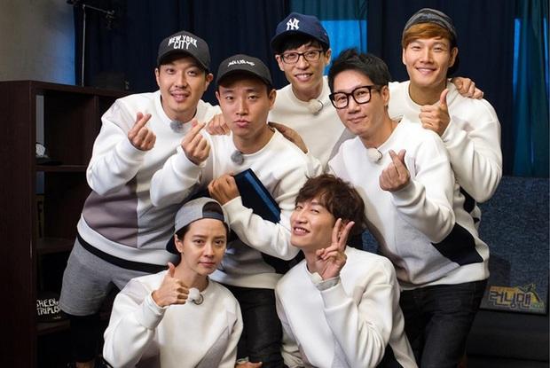 Thâm cung bí sử về dàn Running Man đình đám: 1 thành viên bị ung thư, Ji Hyo lười tắm và sự thật về Monday Couple - Ảnh 11.