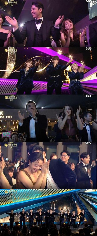 Lần đầu diễn tại lễ trao giải Rồng Xanh, SEVENTEEN được cổ vũ quá sung như 2PM và MAMAMOO, thậm chí nhiệt tình hơn TWICE - Ảnh 3.