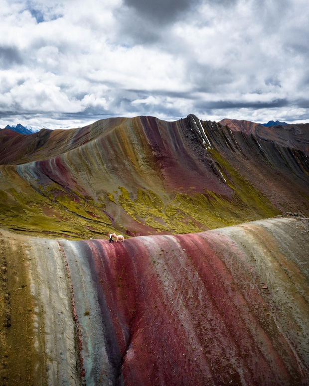 """Giận bay màu là có thật: Dòng sông đỏ như máu ở Peru cứ vài tháng lại… nhạt đi, du khách phải """"chạy xô"""" mới kịp ngắm - Ảnh 7."""