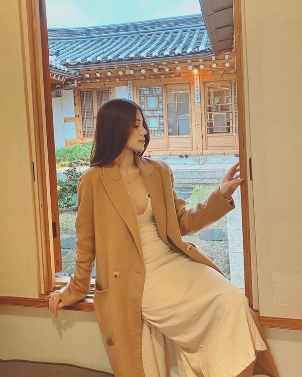 Theo chân rich-kid Jolie Nguyễn ăn uống sương sương ở Seoul, lạ lẫm nhất là món bò Wagyu ăn kèm trứng cá dát vàng - Ảnh 15.