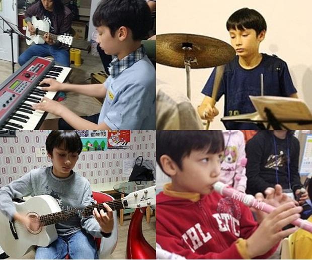 """Tài năng như hội idol con lai Kpop: Thành viên TXT là """"thiên tài nhạc cụ"""" biết 4 thứ tiếng, """"hoàng tử lai"""" của Produce debut ở tuổi 13 - Ảnh 4."""