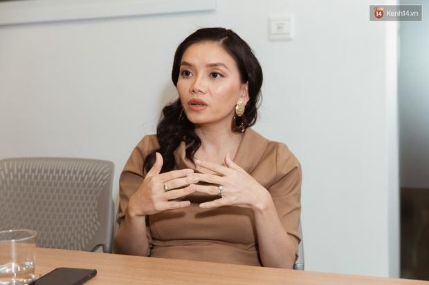 CEO ELSA - ứng dụng học Tiếng Anh lọt top 5 thế giới: Khả năng Tiếng Anh của người Việt đang bị tụt hậu trong khi các nước khác phát triển mạnh mẽ - Ảnh 1.