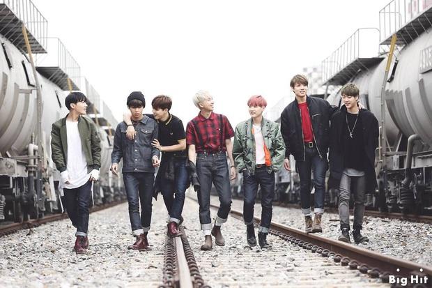 BTS, SNSD và PSY sánh ngang cùng loạt nghệ sĩ phương Tây đình đám, được Billboard vinh danh 100 bài hát định hình cho âm nhạc thập kỷ 2010 - Ảnh 3.