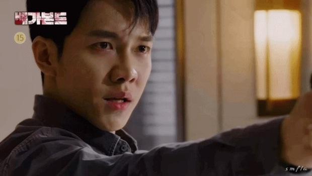 Vagabond tập 15 cực twist: Lộ diện thân phận trùm cuối, Lee Seung Gi bị thiêu sống trong nhà kho - Ảnh 17.
