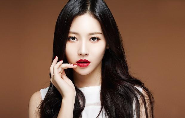 Có ai ngờ, những nữ thần Kpop vừa hát hay vừa xinh đẹp này lại còn mê game mà quên cả ăn ngủ - Ảnh 3.