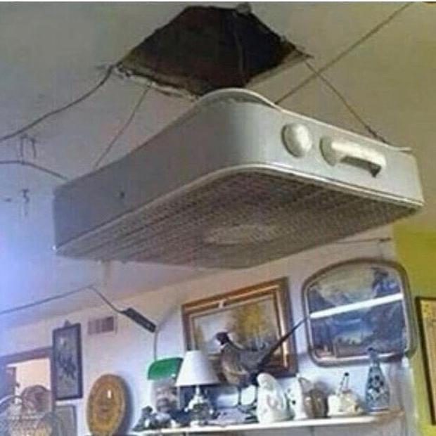 [Chùm ảnh] Internet chết cười với anh thợ điện nước làm ăn chẳng ra sao nhưng bao biện thì lại rất giỏi - Ảnh 21.