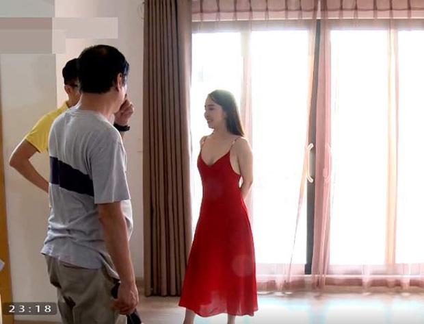 """Ăn đứt Về nhà đi con, Quỳnh Nga trong Sinh tử"""" vào vai gái ngành cao cấp, ăn mặc hở trên ngắn dưới sexy gấp trăm lần Nhã - Ảnh 6."""
