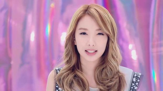 Có ai ngờ, những nữ thần Kpop vừa hát hay vừa xinh đẹp này lại còn mê game mà quên cả ăn ngủ - Ảnh 6.
