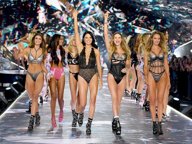 Victorias Secret Fashion 2019 bị huỷ bỏ: Ngày càng ế người xem, liên tục dính phốt lớn - Ảnh 2.