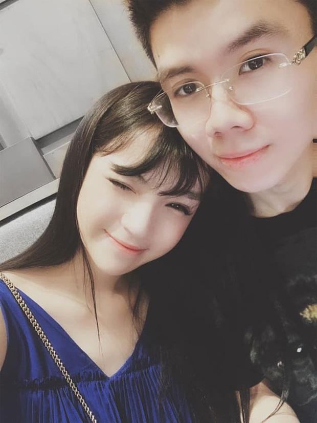 Vừa nối lại tình xưa, thiếu gia Phan Hoàng đã tặng Khánh Hà cả núi đồ đạc, book vé đi Thái Lan trong đêm chỉ vì bạn gái thèm kem cuộn - Ảnh 1.