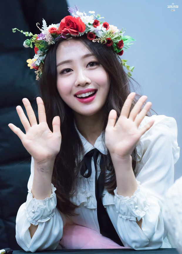 Knet đau đầu chọn ra 10 nữ idol có đôi mắt đẹp nhất Kpop: Ngoài mỹ nhân BLACKPINK - TWICE, còn quá nhiều nhân tố đỉnh - Ảnh 9.