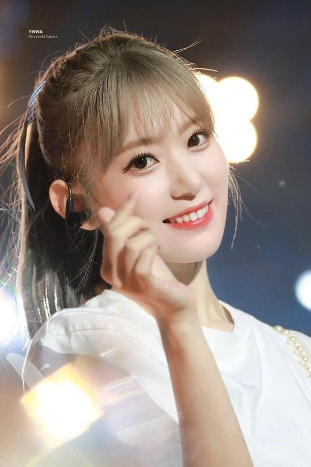 Knet đau đầu chọn ra 10 nữ idol có đôi mắt đẹp nhất Kpop: Ngoài mỹ nhân BLACKPINK - TWICE, còn quá nhiều nhân tố đỉnh - Ảnh 11.