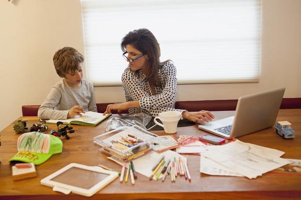 11 dấu hiệu cho thấy con bạn có nguy cơ là một đứa trẻ hư hỏng, cha mẹ nào cũng nên lưu tâm! - Ảnh 7.