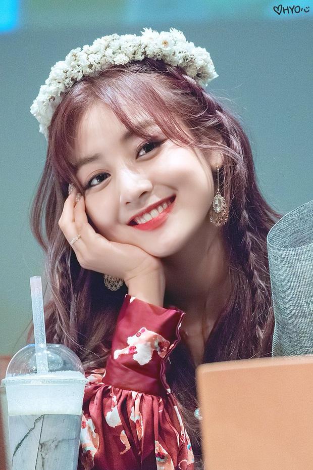 Knet đau đầu chọn ra 10 nữ idol có đôi mắt đẹp nhất Kpop: Ngoài mỹ nhân BLACKPINK - TWICE, còn quá nhiều nhân tố đỉnh - Ảnh 15.