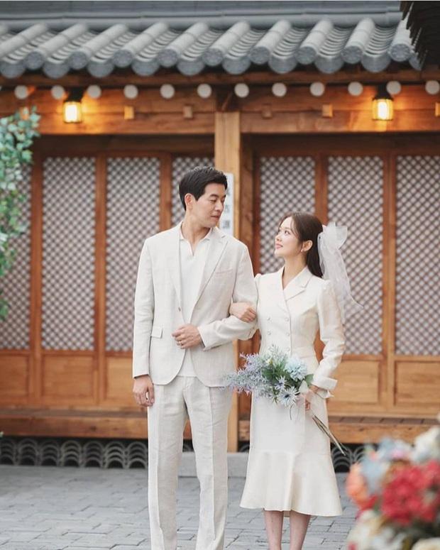 Jang Nara trong phim bóc phốt chồng ngoại tình: Đẹp từ kiểu tóc, cách trang điểm cho đến style công sở chuẩn chỉnh - Ảnh 18.