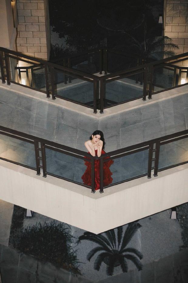 Bộ ảnh đẹp ná thở của Âu Dương Na Na khiến loạt fandom giận tím người, đòi Studio các nghệ sĩ vào mà học tập - Ảnh 13.
