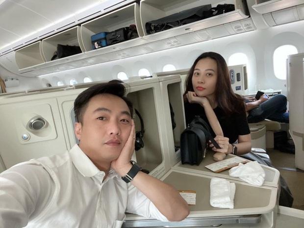Cường Đô La đăng ảnh cùng vợ đi Thái, đáng chú ý là status bắt trend phụ huynh chơi Facebook đang hot MXH - Ảnh 4.
