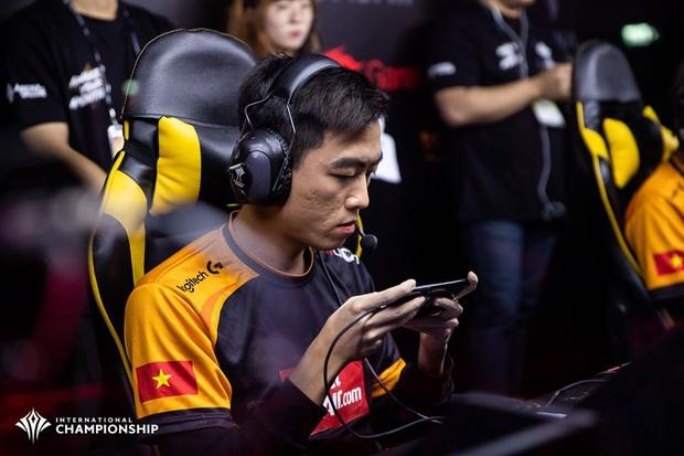 Tự hào: Liên Quân Việt Nam đánh bại Thái Lan, Team Flash lên ngôi vô địch AIC 2019, rinh giải thưởng 4,6 tỷ đồng - Ảnh 5.