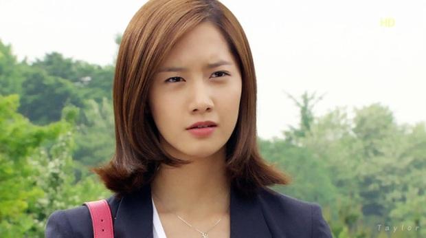 4 nữ diễn viên Hàn Quốc đổ bộ AAA 2019 từ mỹ nhân dao kéo đến nữ hoàng cảnh nóng toàn sao profile khủng - Ảnh 4.