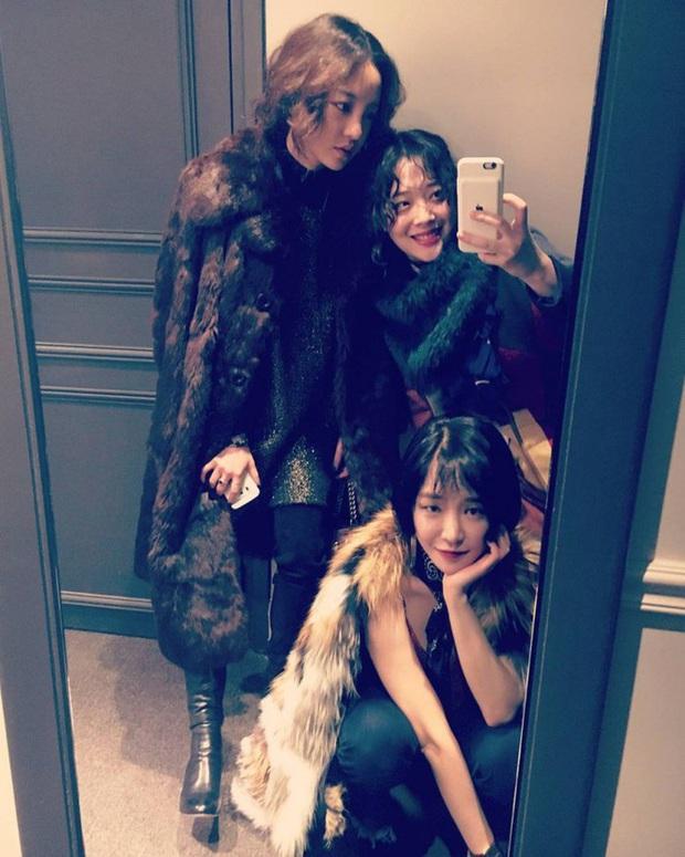 Goo Hara và Sulli qua đời: Fan lo khi G-Dragon, IU mất bạn thân; Heechul gây quan ngại khi đột ngột unfollow, để riêng tư Instagram - Ảnh 9.