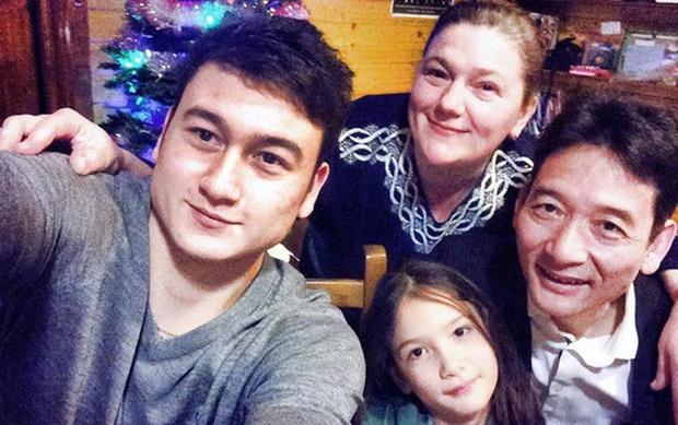 Đặng Văn Lâm hạnh phúc khoe mẹ nướng bánh mang ra tận sân bay, fangirl đổ rạp trước mẹ chồng quốc dân! - Ảnh 4.