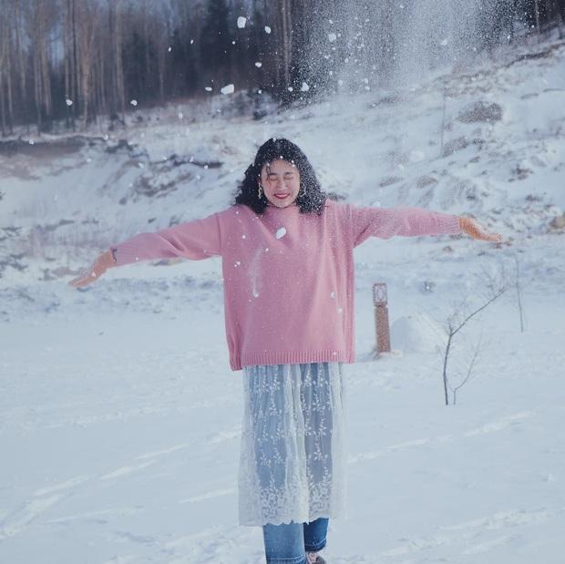 """Ngôi làng tuyết trắng đẹp không thua phim kiếm hiệp ở Trung Quốc, nhìn ảnh trên mạng và ngoài đời quả xứng tầm """"cực phẩm"""" - Ảnh 9."""