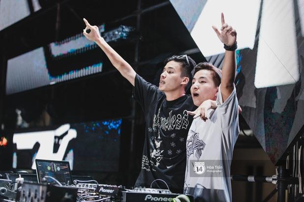 Yamaha Road to Ravolution: DJ Battle tại Đà Nẵng: Trung Quân Idol rủ rê Phùng Khánh Linh và Xesi lập nhóm nhạc - trận thư hùng bất phân thắng bại - Ảnh 4.