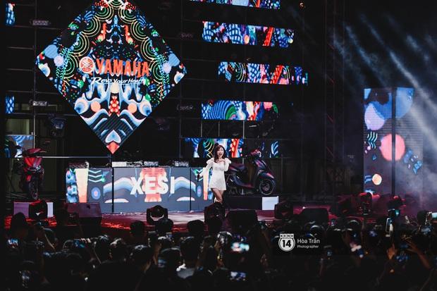 Yamaha Road to Ravolution: DJ Battle tại Đà Nẵng: Trung Quân Idol rủ rê Phùng Khánh Linh và Xesi lập nhóm nhạc - trận thư hùng bất phân thắng bại - Ảnh 13.