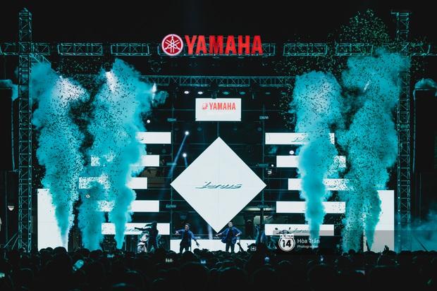Yamaha Road to Ravolution: DJ Battle tại Đà Nẵng: Trung Quân Idol rủ rê Phùng Khánh Linh và Xesi lập nhóm nhạc - trận thư hùng bất phân thắng bại - Ảnh 1.