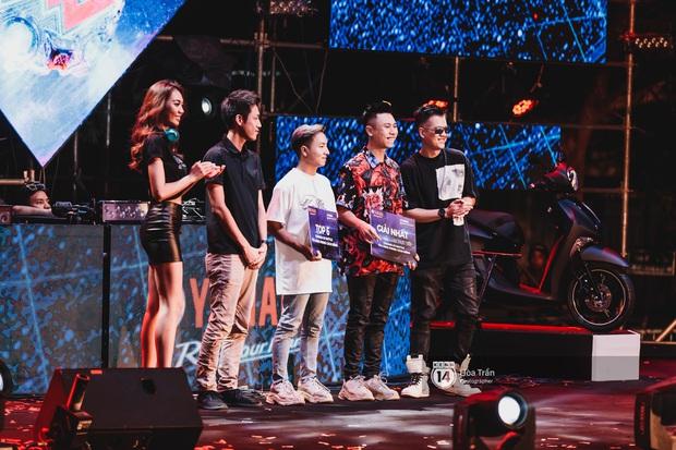Yamaha Road to Ravolution: DJ Battle tại Đà Nẵng: Trung Quân Idol rủ rê Phùng Khánh Linh và Xesi lập nhóm nhạc - trận thư hùng bất phân thắng bại - Ảnh 7.