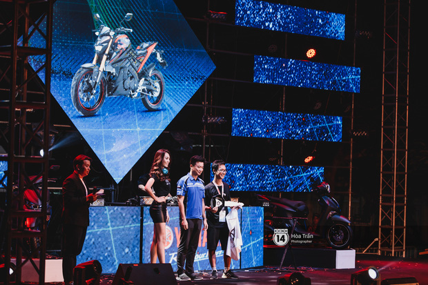 Yamaha Road to Ravolution: DJ Battle tại Đà Nẵng: Trung Quân Idol rủ rê Phùng Khánh Linh và Xesi lập nhóm nhạc - trận thư hùng bất phân thắng bại - Ảnh 8.