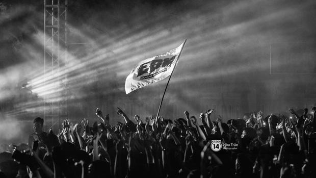 Yamaha Road to Ravolution: DJ Battle tại Đà Nẵng: Trung Quân Idol rủ rê Phùng Khánh Linh và Xesi lập nhóm nhạc - trận thư hùng bất phân thắng bại - Ảnh 17.