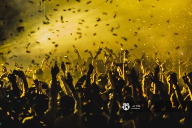 Yamaha Road to Ravolution: DJ Battle tại Đà Nẵng: Trung Quân Idol rủ rê Phùng Khánh Linh và Xesi lập nhóm nhạc - trận thư hùng bất phân thắng bại - Ảnh 2.