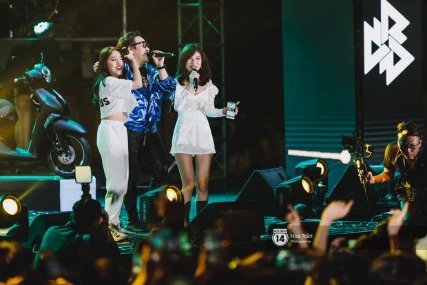 Yamaha Road to Ravolution: DJ Battle tại Đà Nẵng: Trung Quân Idol rủ rê Phùng Khánh Linh và Xesi lập nhóm nhạc - trận thư hùng bất phân thắng bại - Ảnh 15.