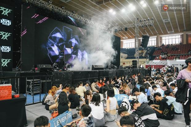 Sole Ex Tour 2019: Tọa độ hot nhất đối với giới sneakerhead Sài Gòn dịp cuối năm, cơ man nào là giày độc và local brand chất - Ảnh 8.