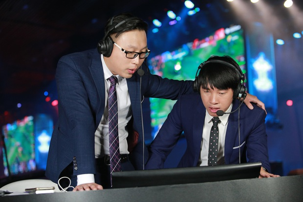 BLV Tùng Họa Mi nhận định trước trận Chung kết AIC 2019: Mình đặt cửa cho Team Flash - Ảnh 4.