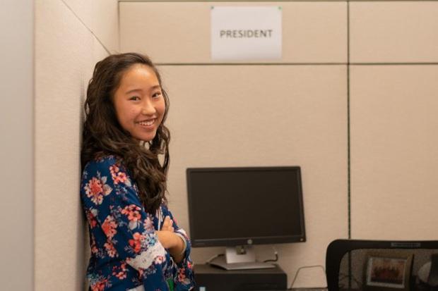 Thiên tài gốc Á mới 12 tuổi đã học trường Cao đẳng hàng đầu nước Mỹ, trở thành Chủ tịch hội sinh viên quản lý hơn 20 nghìn người - Ảnh 3.