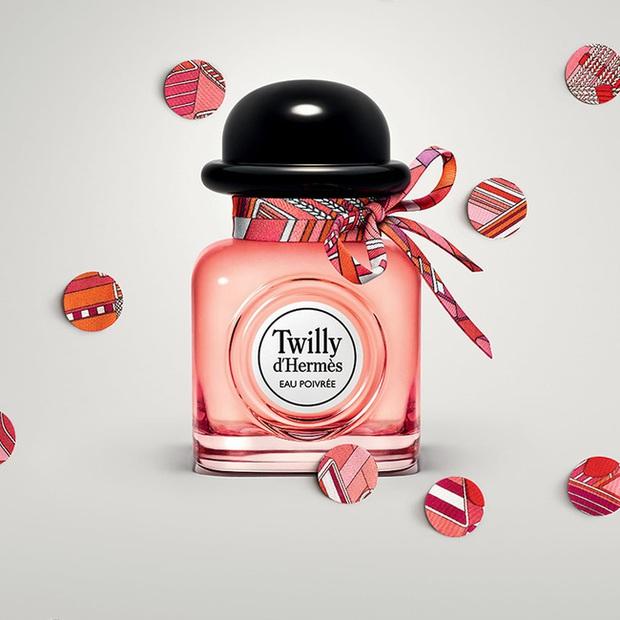 10 chai nước hoa được các beauty editor đánh giá là hoàn hảo cho mùa lạnh, trong đó có cả mùi tủ của Công nương Kate - Ảnh 2.