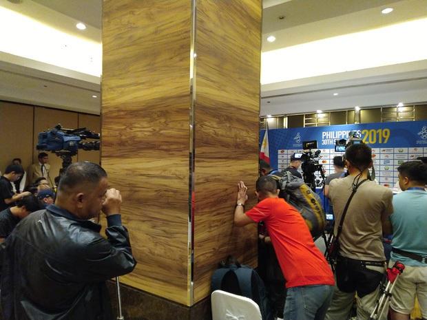 Chủ nhà Philippines và những lần mất điểm ngay trước giờ SEA Games khởi tranh: Tiếp đón thiếu chu đáo, sân đấu chưa hoàn thiện - Ảnh 8.