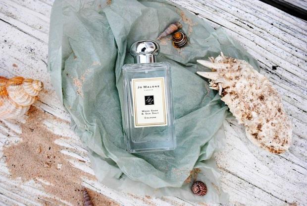 10 chai nước hoa được các beauty editor đánh giá là hoàn hảo cho mùa lạnh, trong đó có cả mùi tủ của Công nương Kate - Ảnh 4.