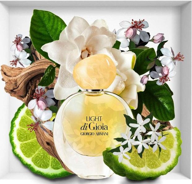 10 chai nước hoa được các beauty editor đánh giá là hoàn hảo cho mùa lạnh, trong đó có cả mùi tủ của Công nương Kate - Ảnh 5.