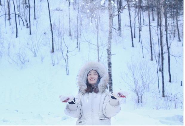 """Ngôi làng tuyết trắng đẹp không thua phim kiếm hiệp ở Trung Quốc, nhìn ảnh trên mạng và ngoài đời quả xứng tầm """"cực phẩm"""" - Ảnh 11."""